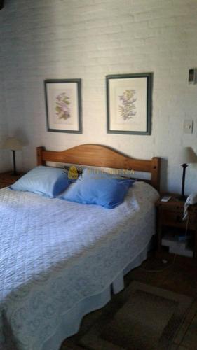 muy buena casa a 1 cuadra del mar en pinares!! - ref: 937