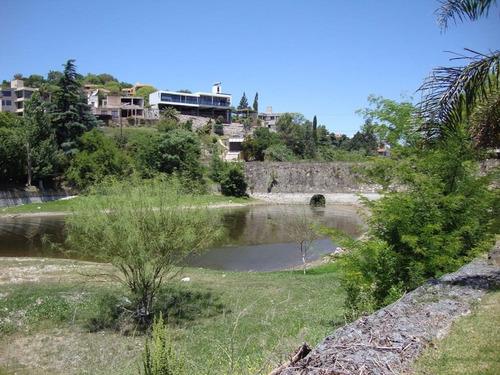muy buena casa con costa al lago en villa carlos paz - 2019
