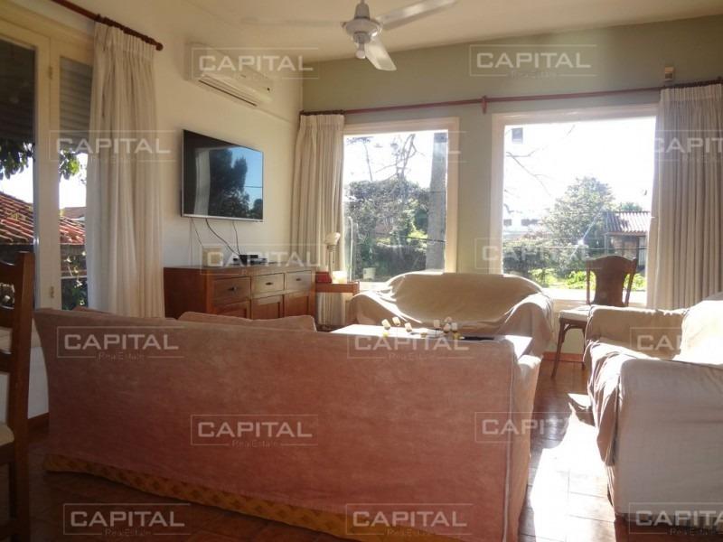 muy buena casa de 3 dormitorios en playa mansa - venta-ref:27912