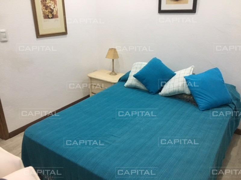 muy buena casa de 3 dormitorios - playa mansa-ref:27300