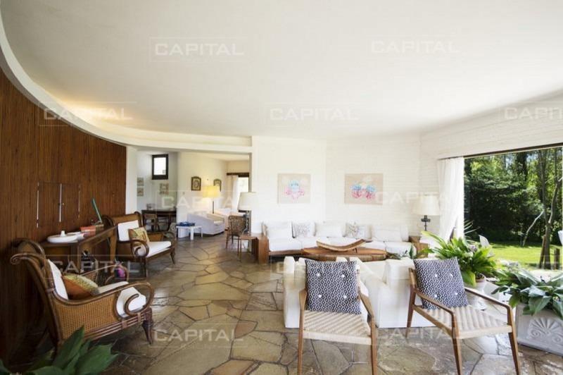 muy buena casa de 6 dormitorios en playa brava - alquiler-ref:27317