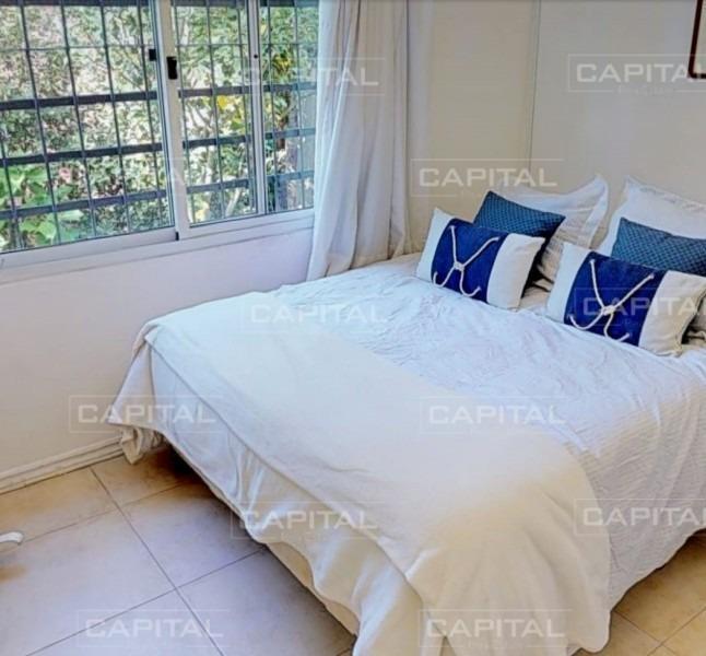 muy buena casa de tres suites en rincón del indio-ref:28672