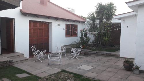 muy buena casa en venta, b° parque velez sarsfield