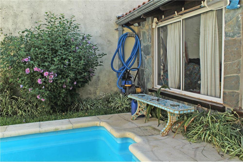 muy buena casa - excelente ubicación en olivos