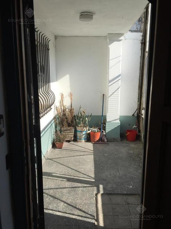muy buena ubicación 4 ambientes con garage