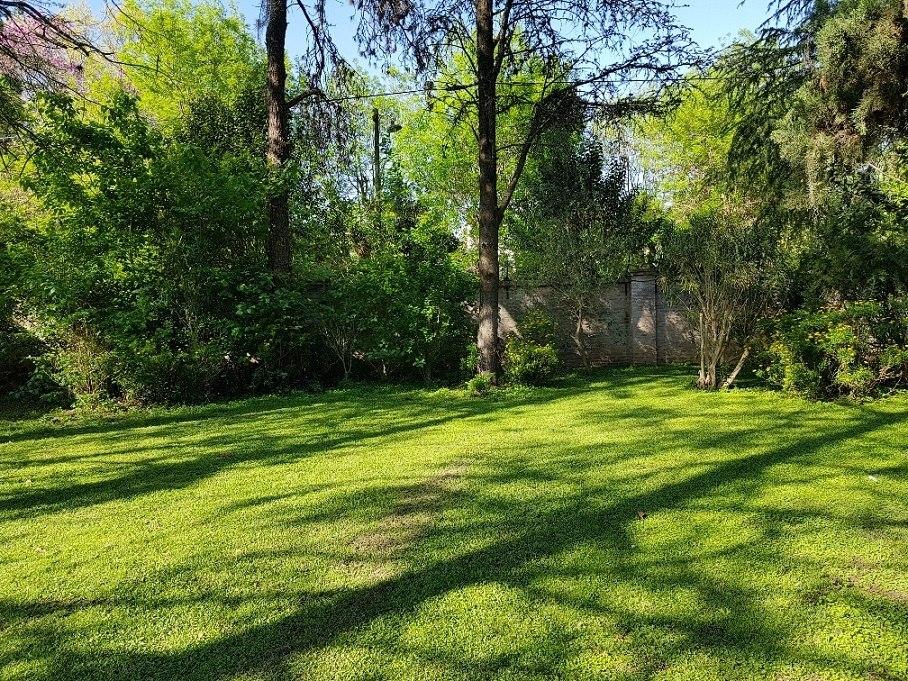 muy cómoda casa en un gran parque. green hills, maschwitz
