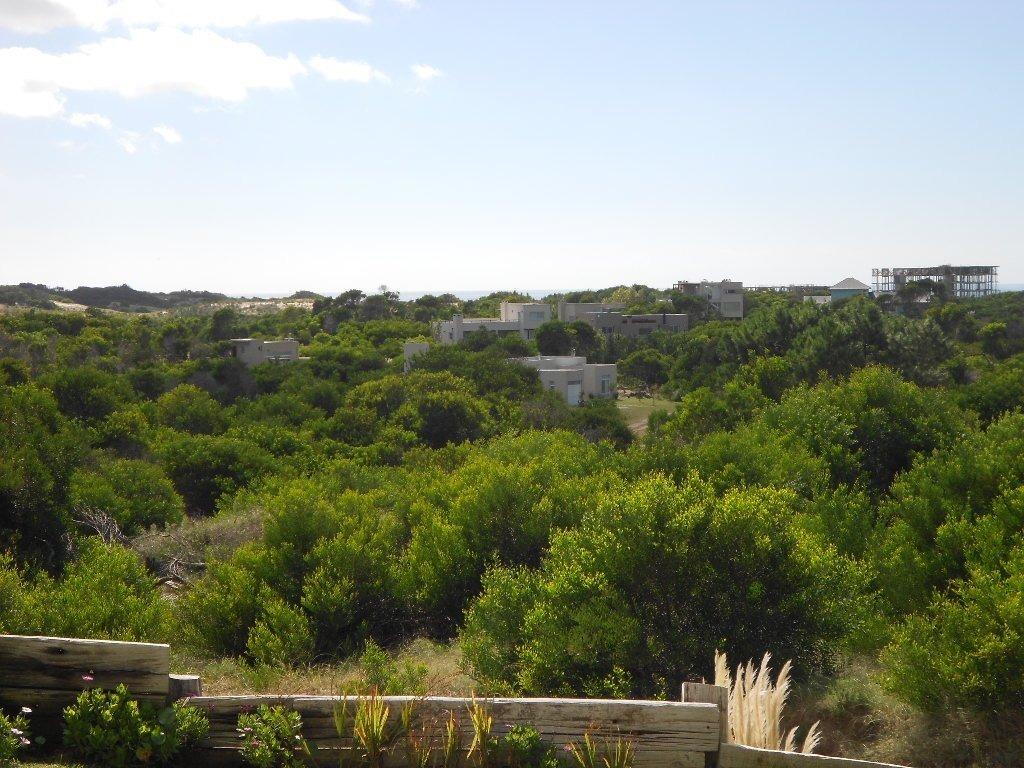 muy importante propiedad en costa esmeralda con vista parcial al mar