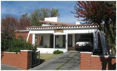 muy linda casa céntrica en carlos paz, con pileta, 2019