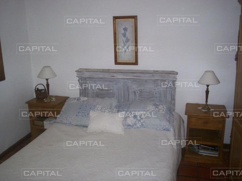muy linda casa de 3 dormitorios en la barra-ref:25580
