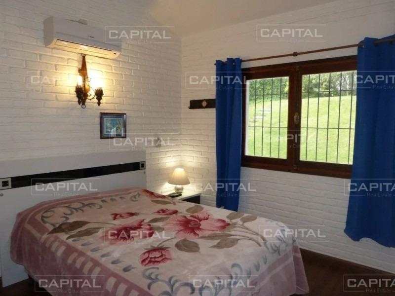 muy linda casa de 3 dormitorios en playa mansa-ref:27190