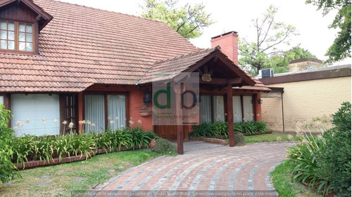 muy linda casa en country   champagnat