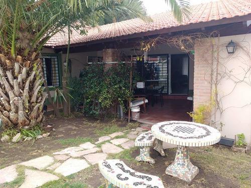 muy linda casa en venta barrio las vertientes carlos paz