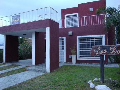 muy linda casa en venta en carlos paz, con pileta
