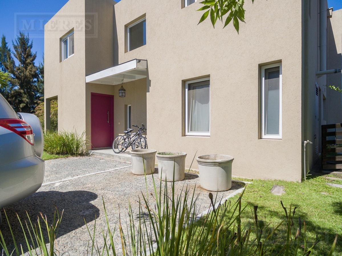 muy linda casa en venta en la comarca