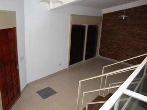 muy linda casa en venta en villa carlos paz, con pileta
