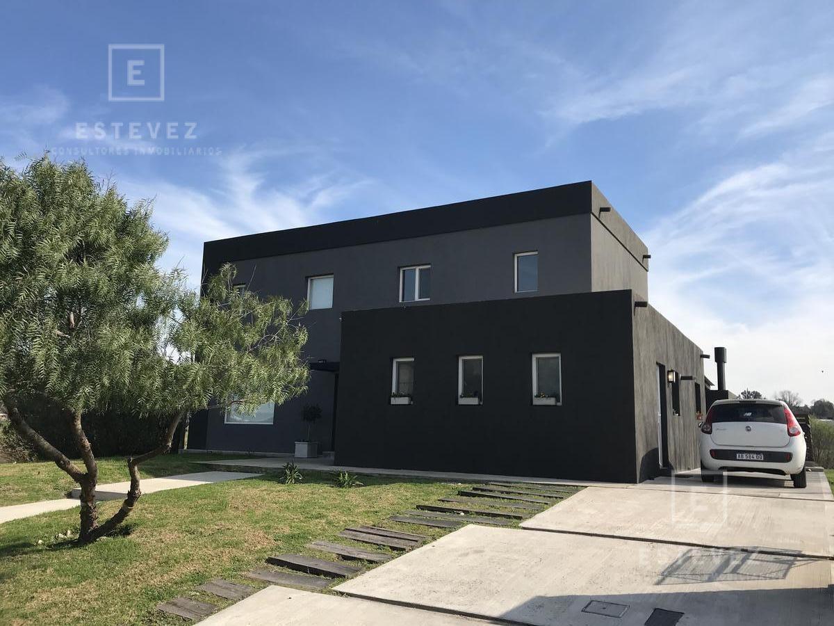 muy linda casa en venta, laguna barrio cerrado el canton