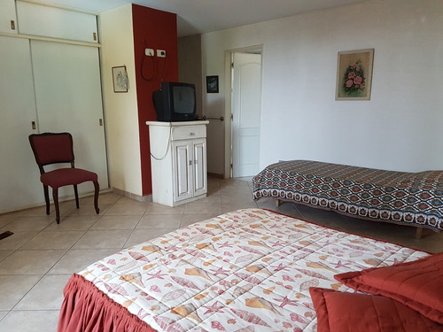 muy linda casa en villa carlos paz, capacidad hasta 12 pers.
