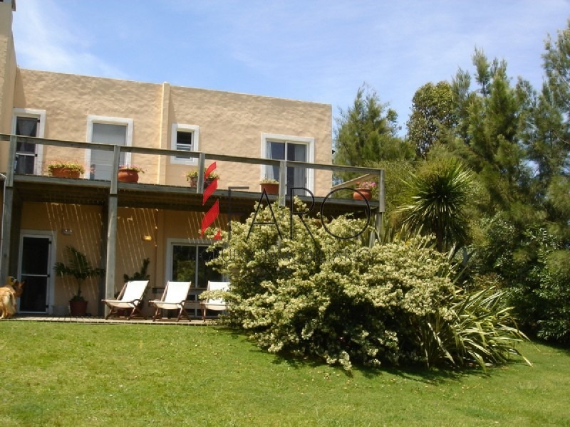 muy linda casa estilo minimalista-ref:36243