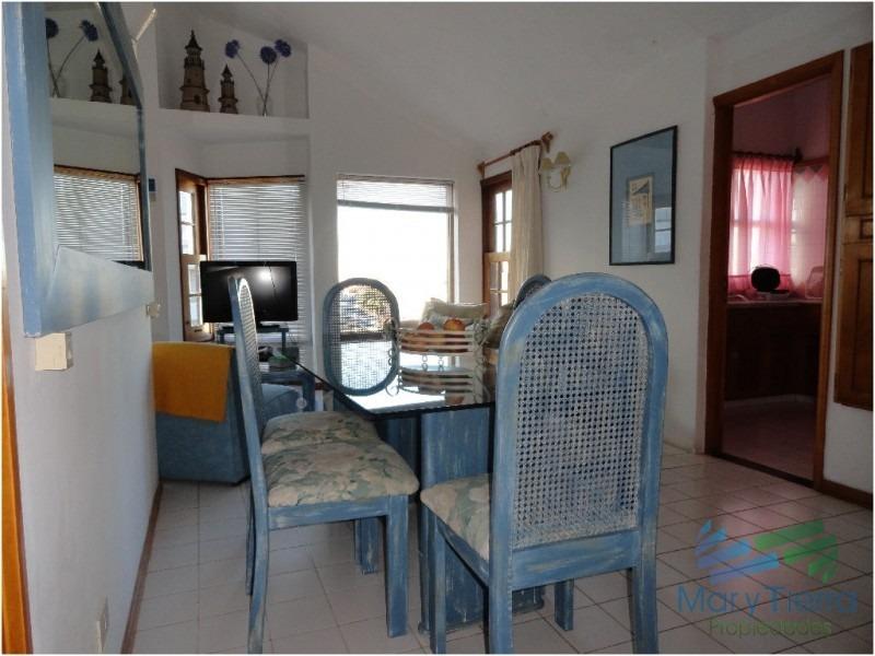 muy lindo apartamento , en el corazón de la península a 1 cuadra de av. gorlero. -ref:514