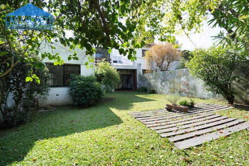 muy lindo chalet con jardin, excelente zona de belgrano r!