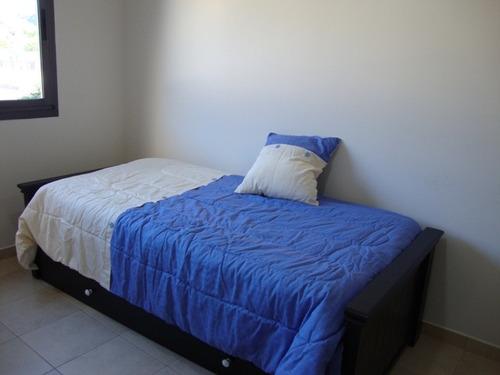 muy lindo departamento, 2 dorm. con pileta y quincho asador.