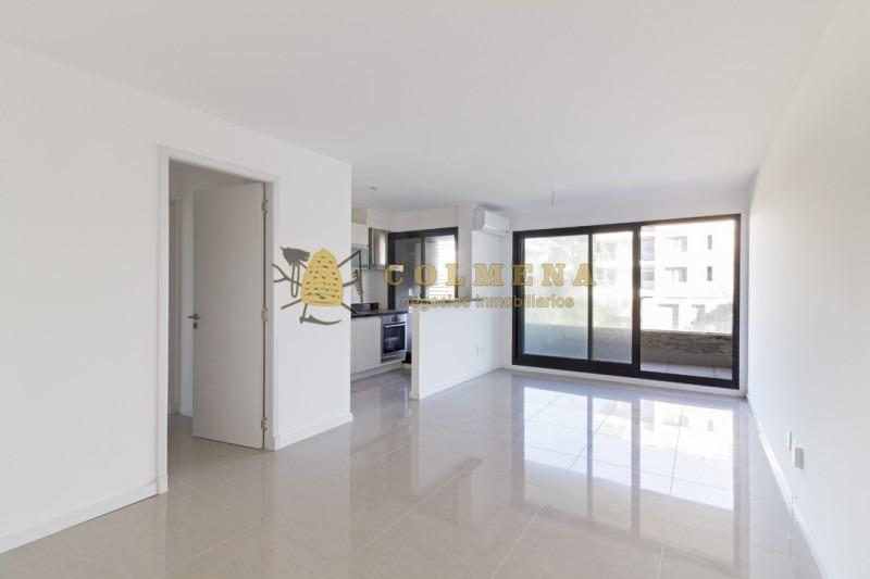 muy lindo departamento de 1 dormitorio 1 baño cocina con lavadero con una balcon muy grande y a metros del mar!!!!!!!- ref: 1431
