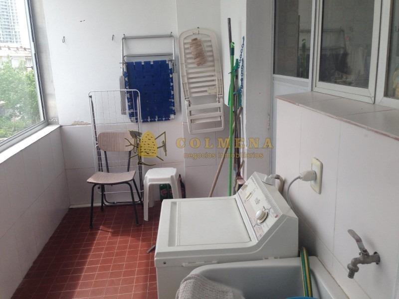 muy lindo departamento en aidy grill a metros de la playa, de 2 dormitorios, 2 baños, 2 cocheras y balcon.  consulte!!!!!!!!-ref:664
