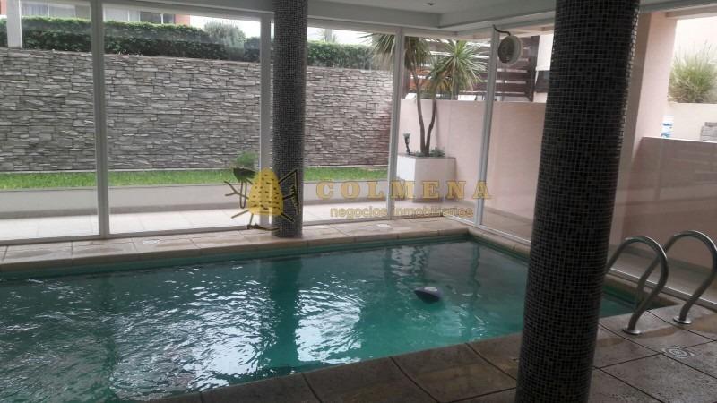 muy lindo monoambiente en la peninsula, el edificio cuenta con piscina y gimnacio. consulte!!!!!!-ref:753