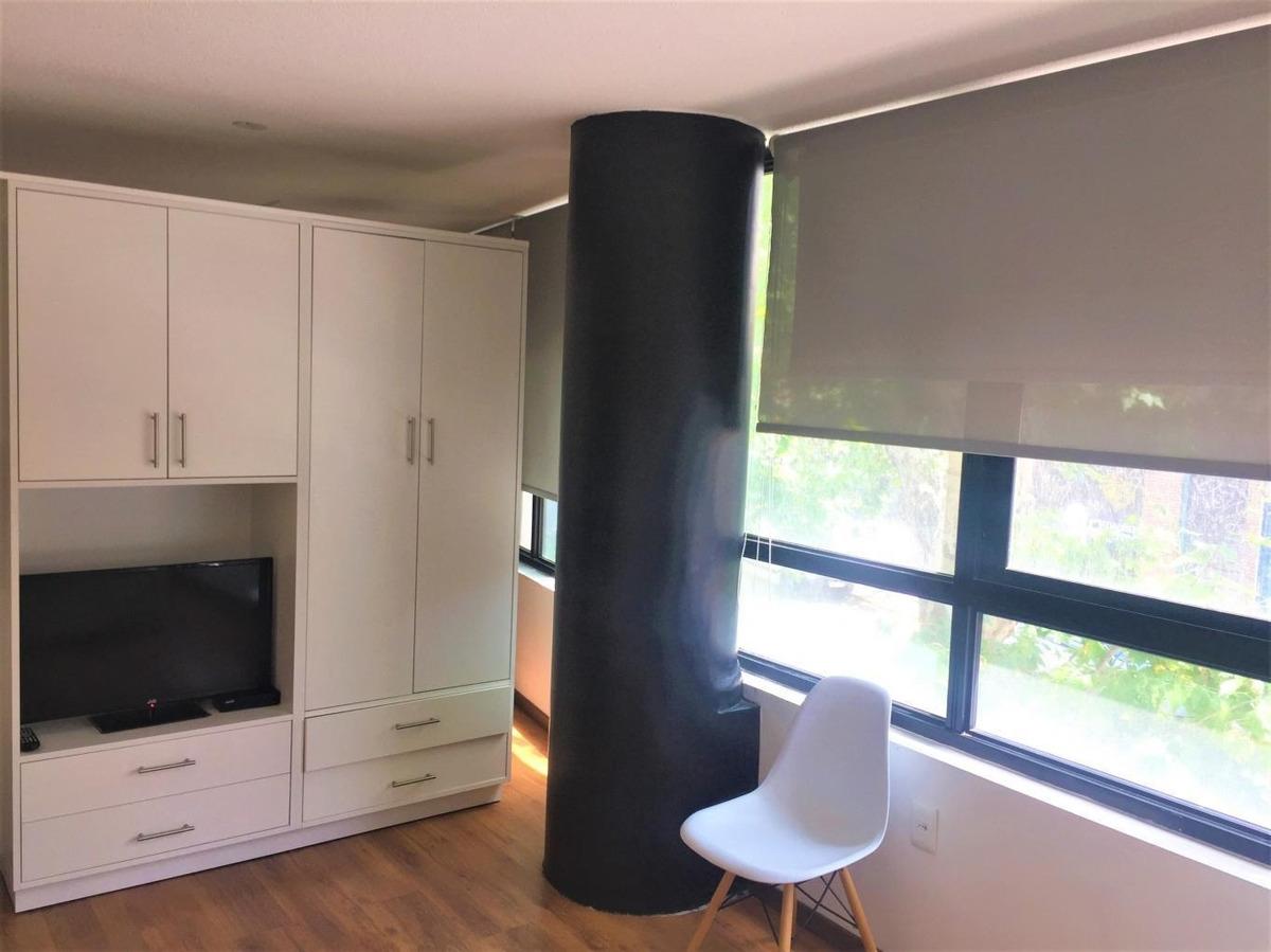 muy moderno, luminoso y cómodo monoambiente.