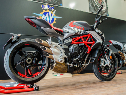 mv agusta brutale 800 - no monster - no yamaha - no ducati