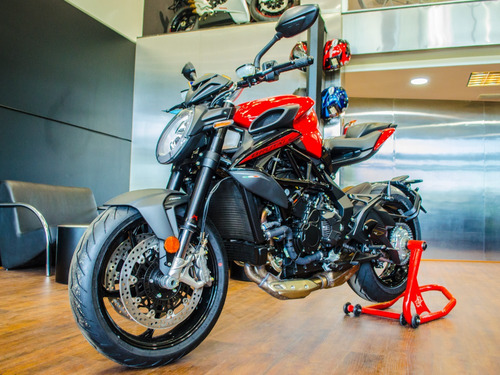 mv agusta brutale 800 rosso - no ducati monster - no bmw -