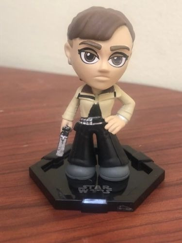 mystery mini star wars funko - qi'ra