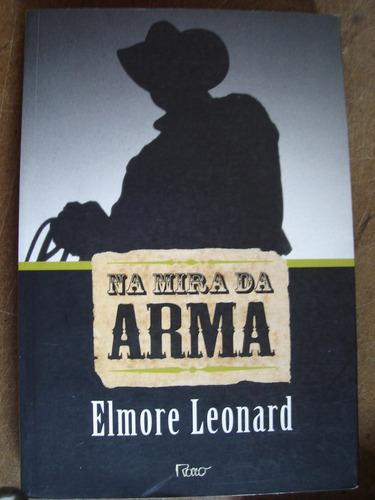 na mira da arma elmore leonard l6