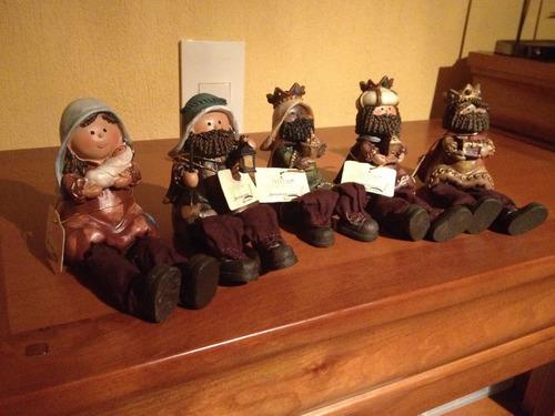 nacimiento  navideño marca trentino de 5 figuras