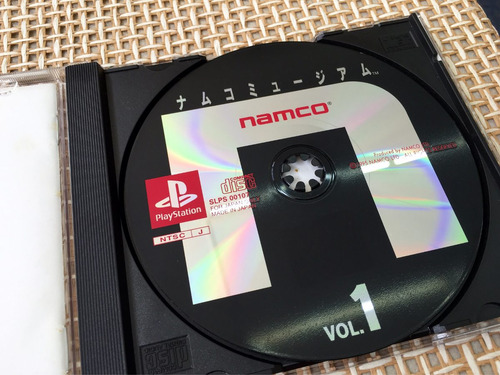 namco museum vol.1 completo black label para playstation