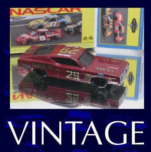 nascar classico #29 bud moore + box custom - nas10-