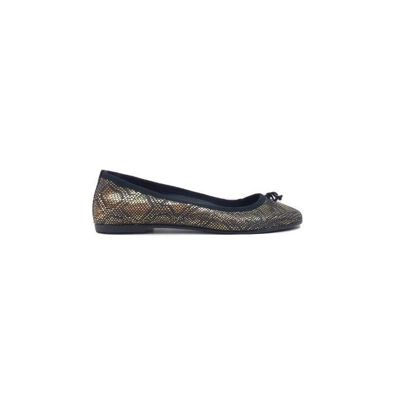 27441925 natacha zapato mujer ballerina reptil negro y dorado #3020. Cargando zoom.
