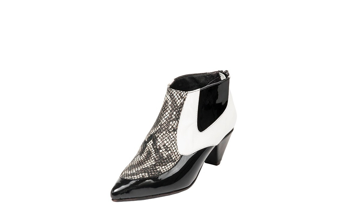 hot sales 3b9b6 5a789 natacha-zapato-mujer-botineta-reptil-blanco-y-negro -1773-D NQ NP 997121-MLA20716515129 052016-F.jpg