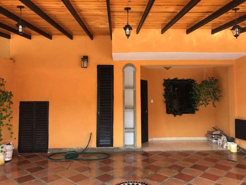 (nath-50) town house en la cumaca