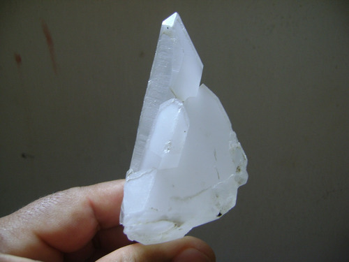 natural pedras belissimo cristal terminado com luz natural