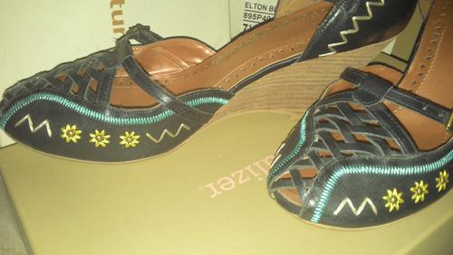 naturalizer, zapatos azul marino con tonos 7.5 americano