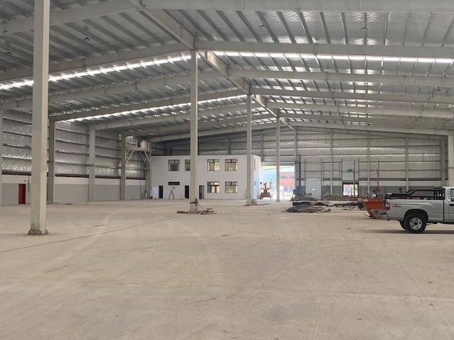 nave 1.500m2 c/oficinas - parque industrial pilar