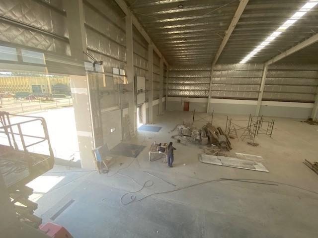 nave 3.200m2 c/oficinas - parque industrial pilar