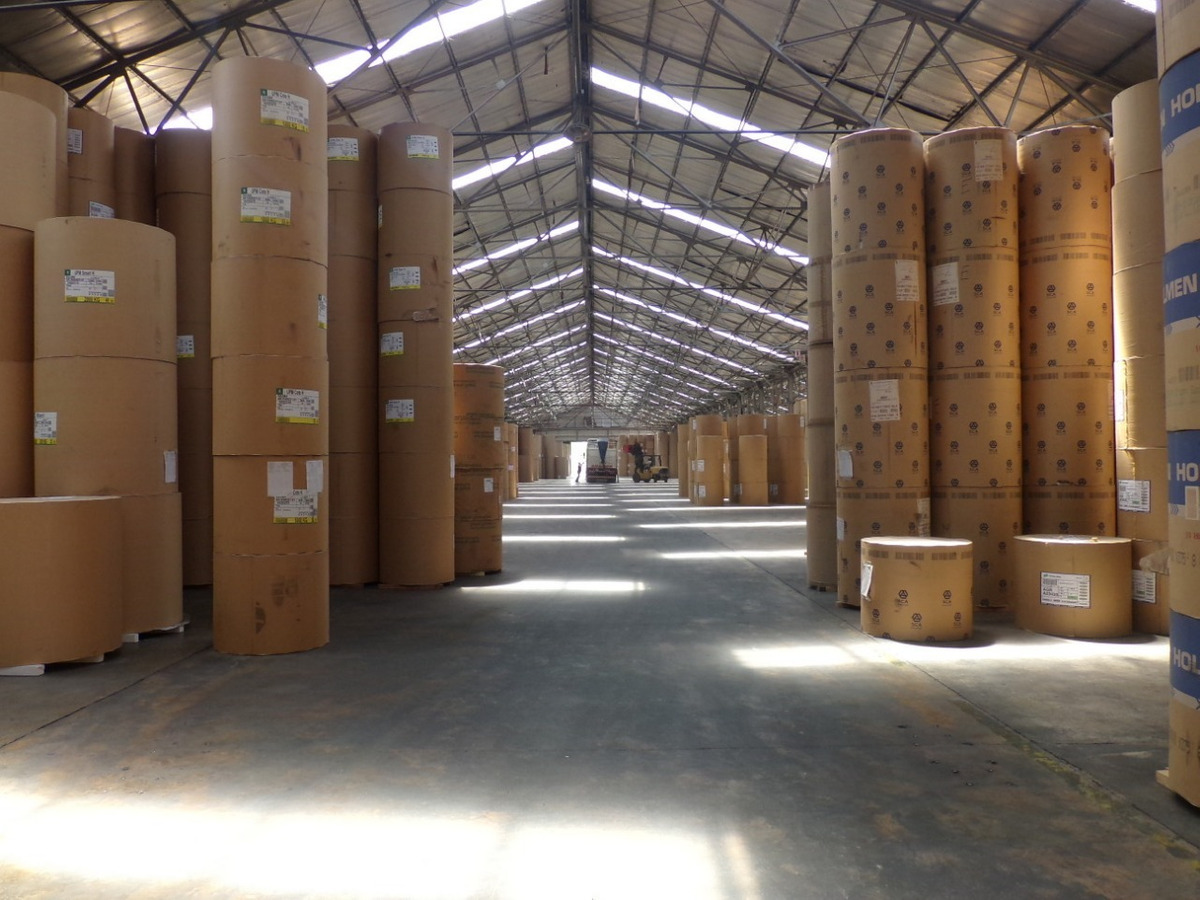nave de 2000 m2 - polo industrial quilmes oeste