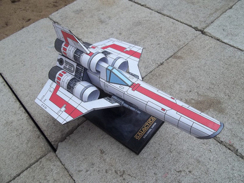 nave galactica colonial viper armada en papel
