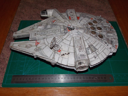 nave halcón milenario milenium falcon star wars