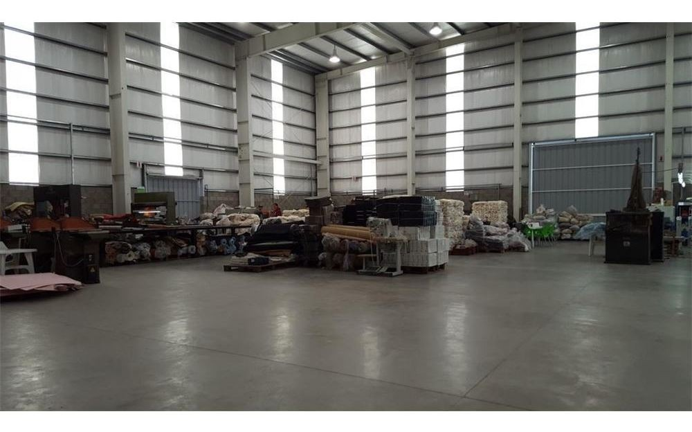 nave industrial 1820 m2  polo industrial ezeiza