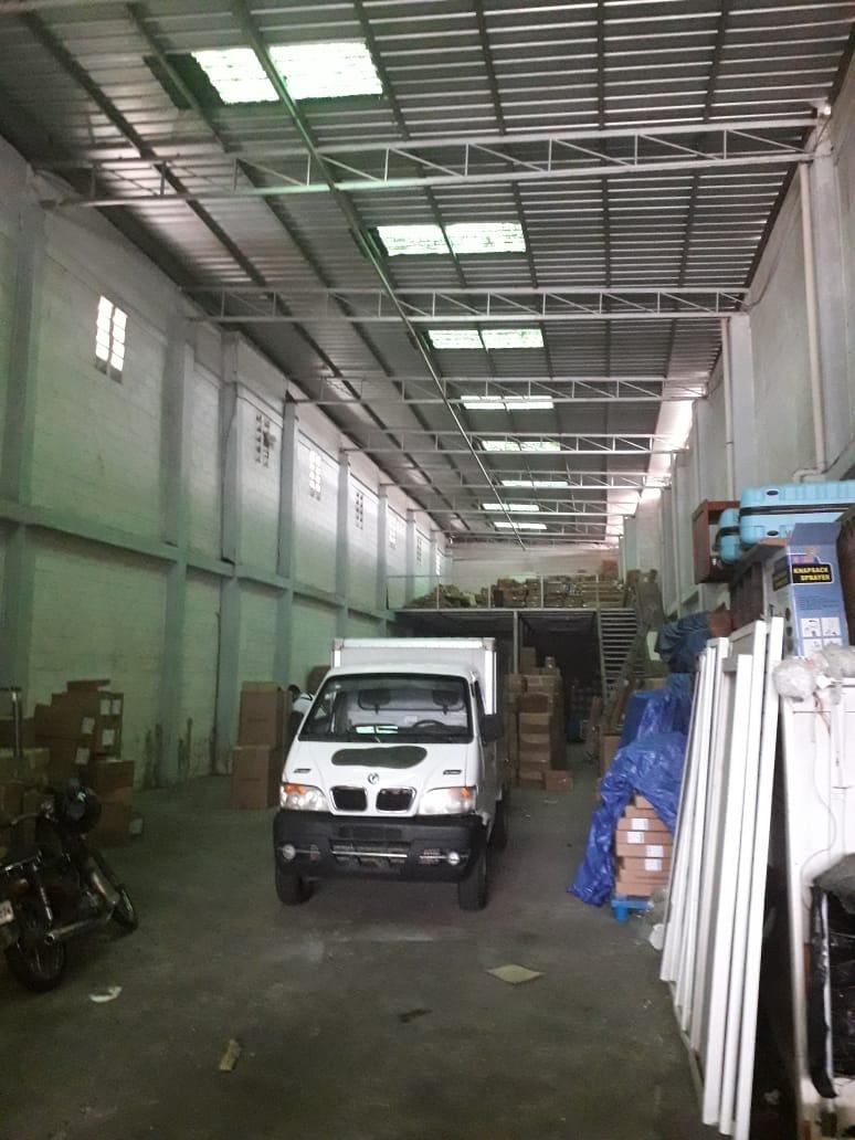 nave industrial con 500 metros villa consuelo us. 5,200 neg.
