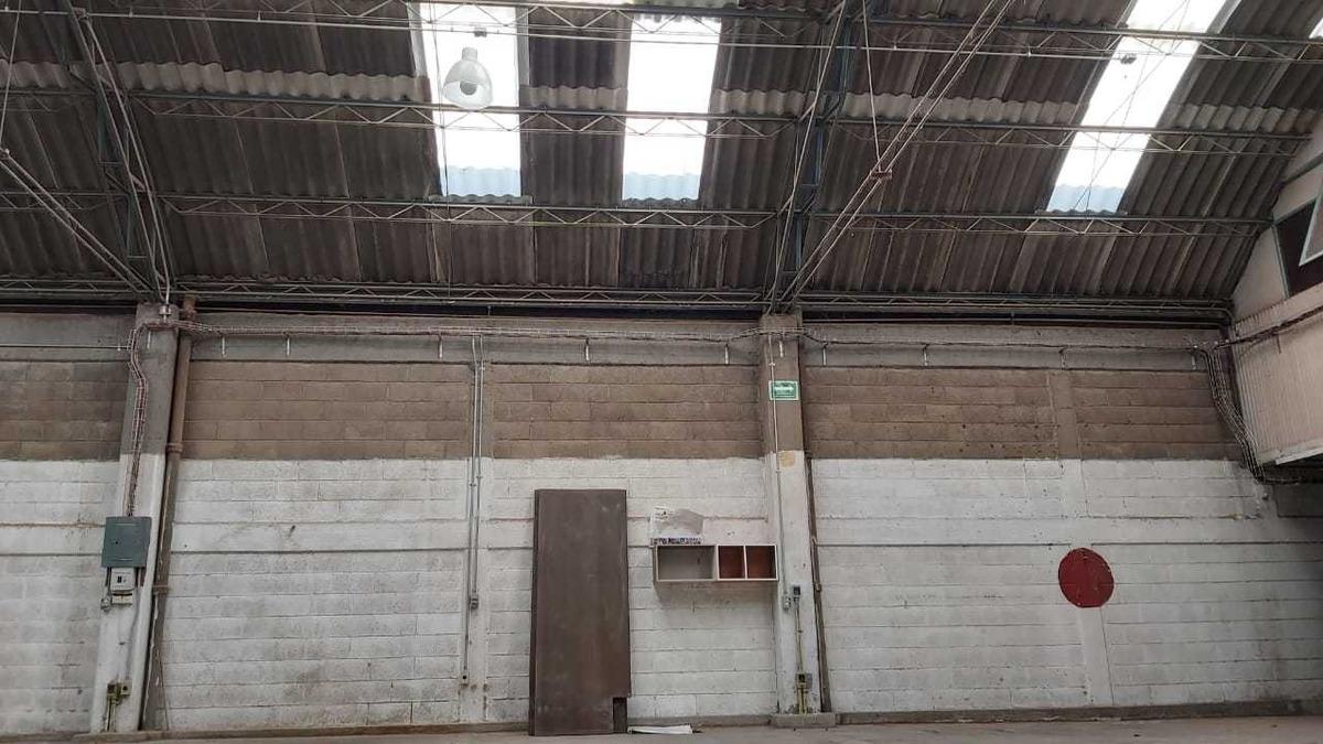 nave industrial con oficinas agrícola pantitlán