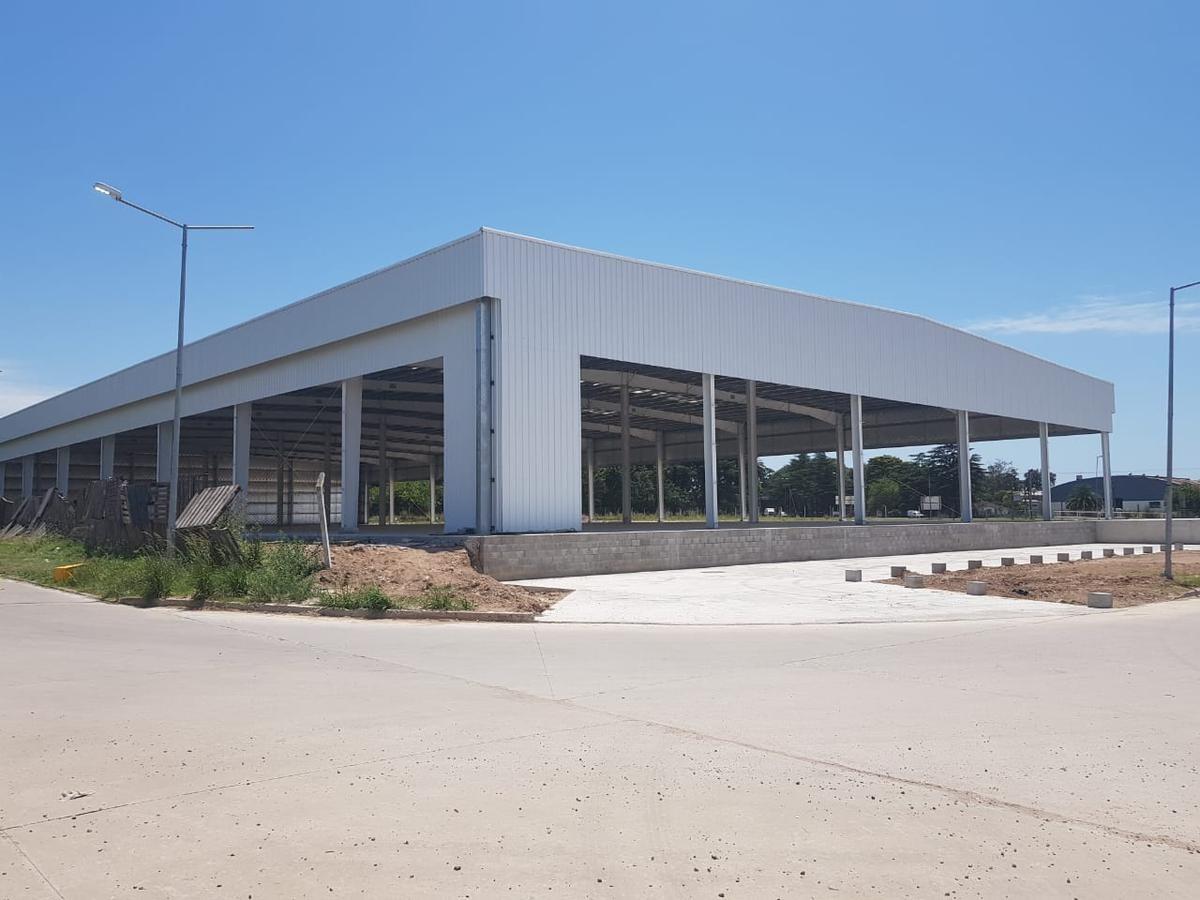 nave industrial - cuartel v